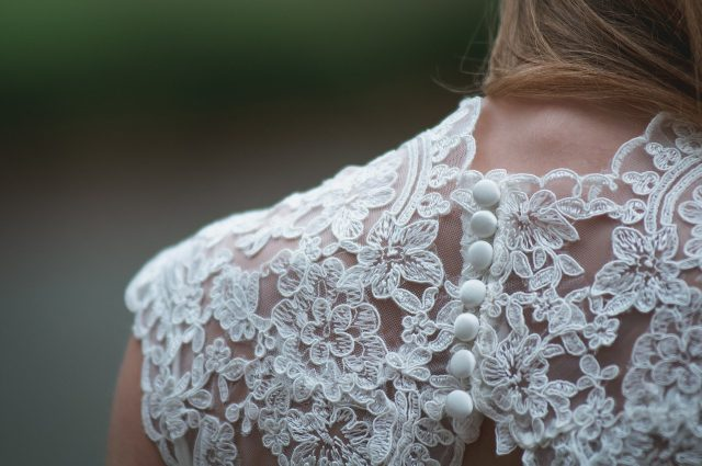 Z kim wybierać suknię ślubną